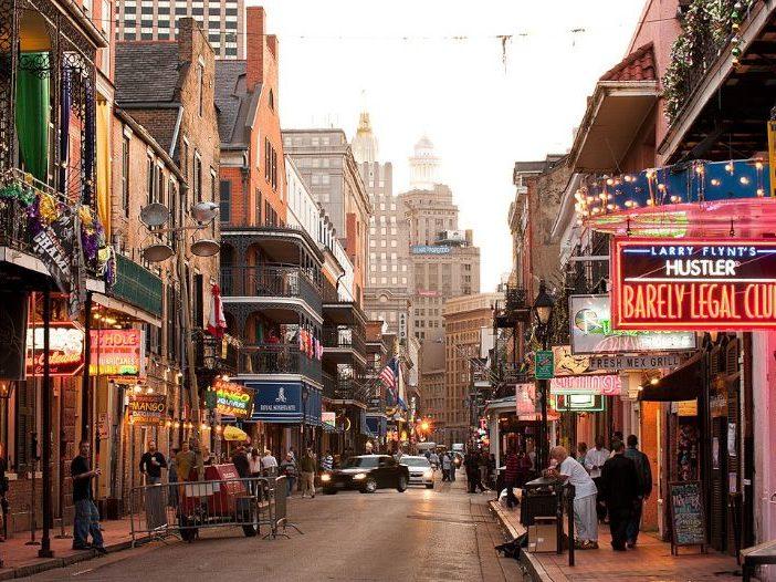 Bourbon Street em New Orleans
