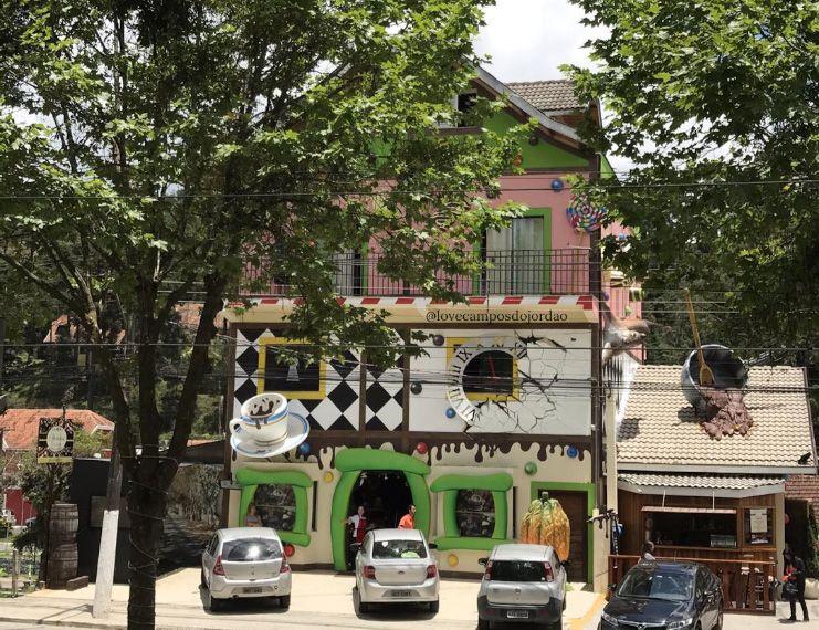 Vista da entrada da Fábrica de Chocolates Spinassi